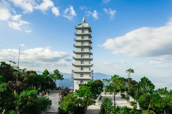 Linh Phong Bảo Tháp Bà Nà Hills