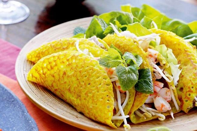Bánh khoái, món ăn đặc sản Huế