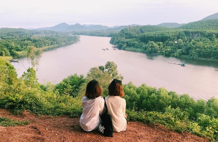 đội vọng cảnh du lịch Huế