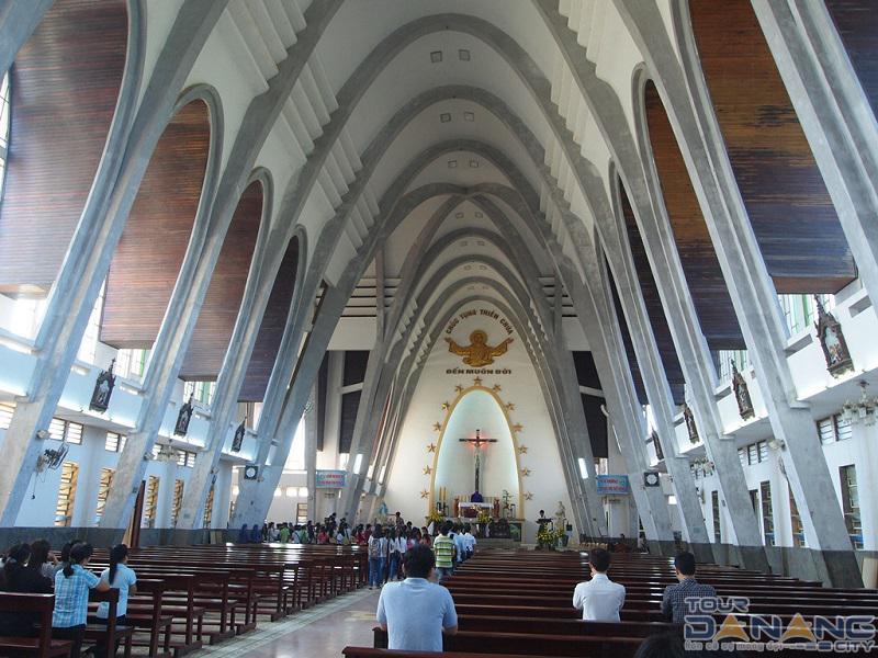 Nhà thờ Phủ Cam ở thành phố Huế