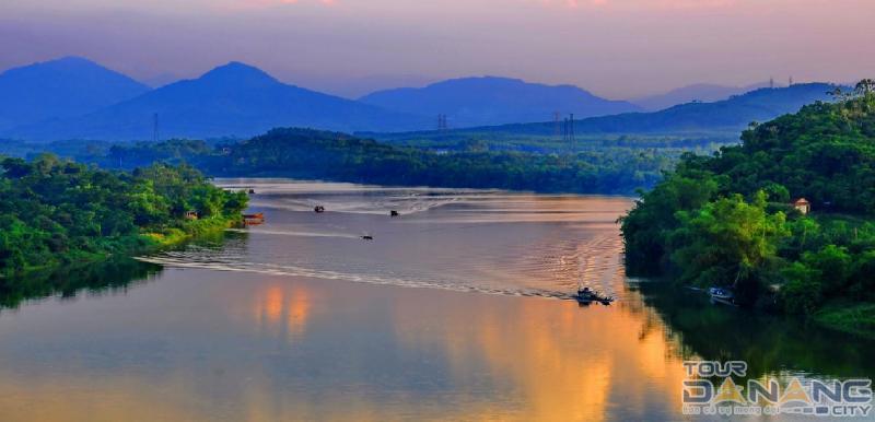 Sông Hương ở thành phố Huế