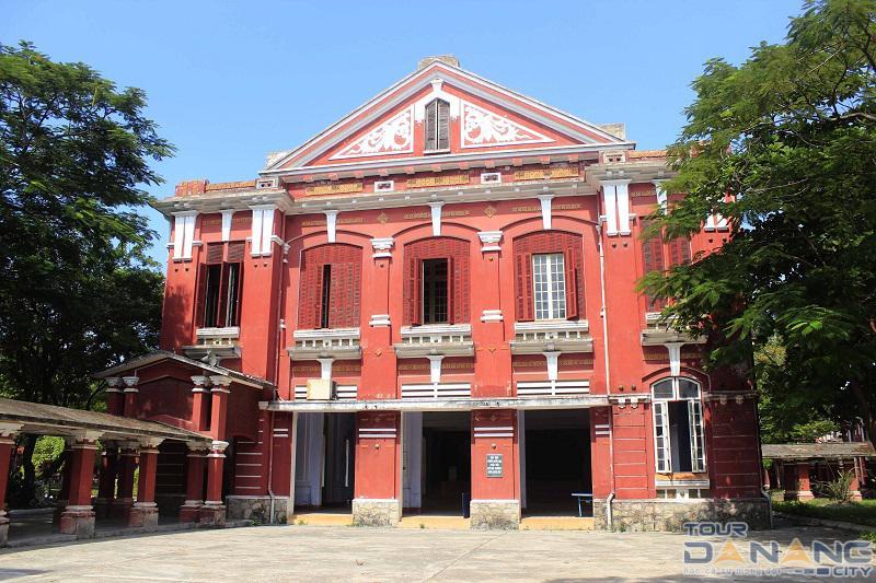 Trường Quốc Học ở thành phố Huế