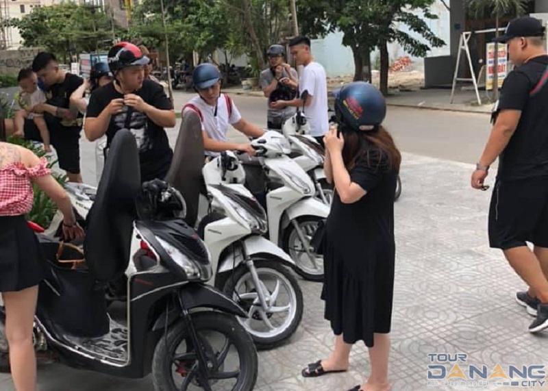 Giao xe máy đi du lịch Đà Nẵng