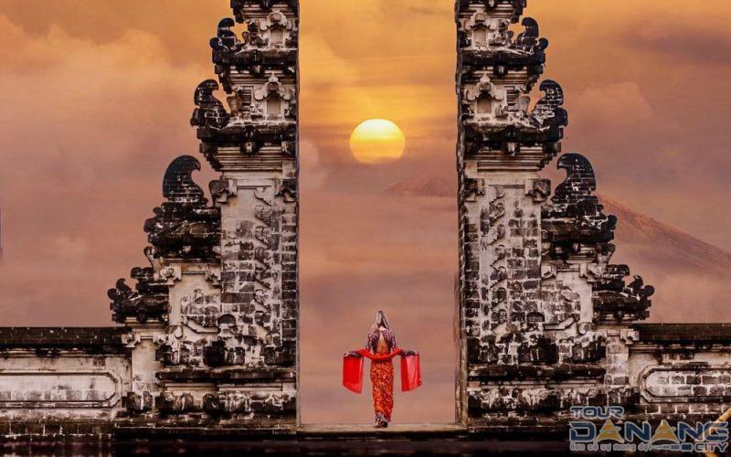 Địa điểm du lịch mới lạ Cổng Trời Bali