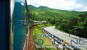 Từ Hà Nội đến Huế bao nhiêu km